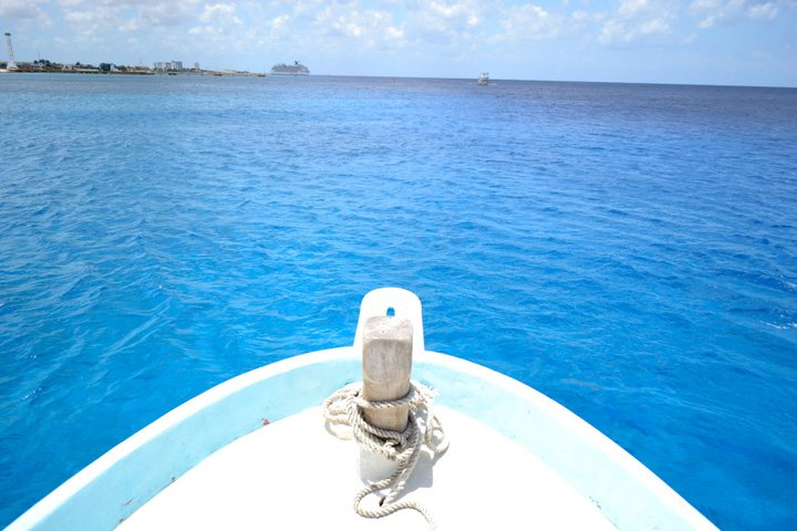 rivieramaya/boat.jpg